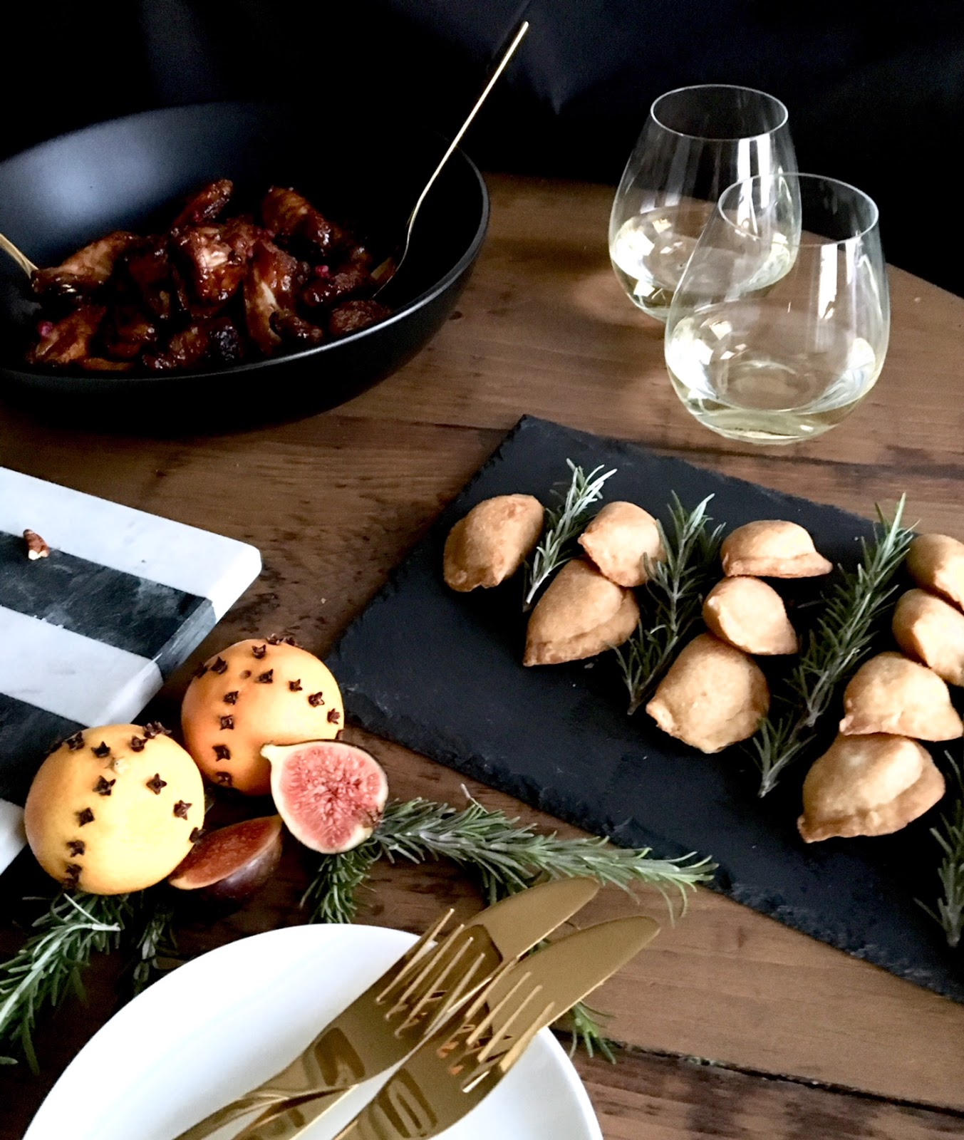 easy-christmas-appetizers-finger-foods-PC-Insider-Collection