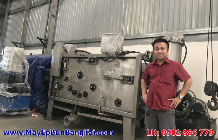 Máy ép bùn băng tải Việt Nam do Công ty Vĩnh Phát chế tạo tại xưởng