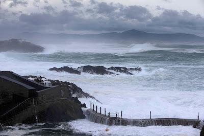Aemet, Spanyolország, Navia, Asztúria, extrém időjárás, baleset, óriáshullám,