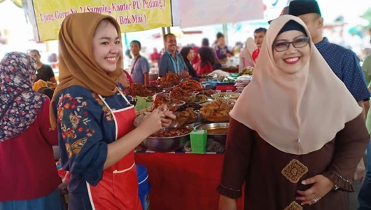 Ketua DPRD Tinjau Pasa Pabukoan di Pasar Raya Padang