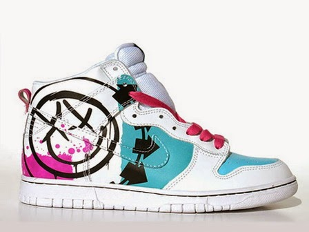 sports shoes ee1fc ef706 Colorful Nike High SB Dunk Blink 182 Shoes For Sale Smiley Pattern
