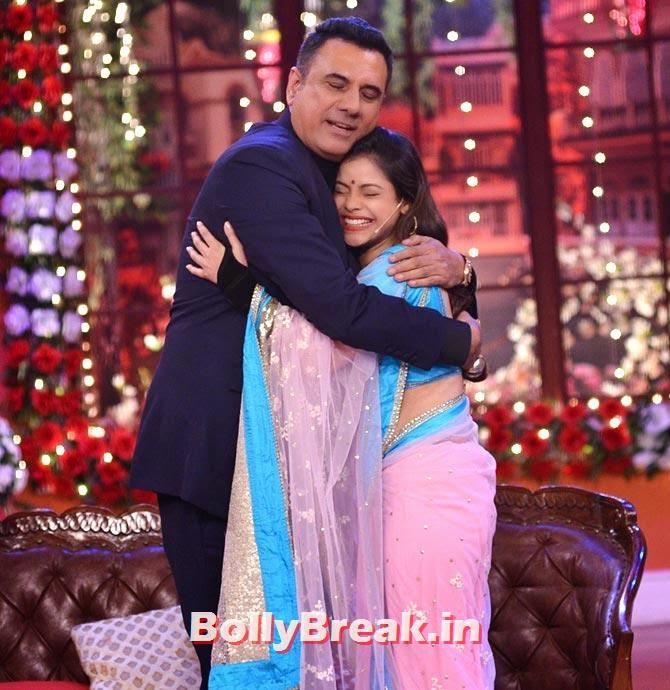 Boman Irani and Sumona Chakravarti, Happy New Year Team CNWK Pics