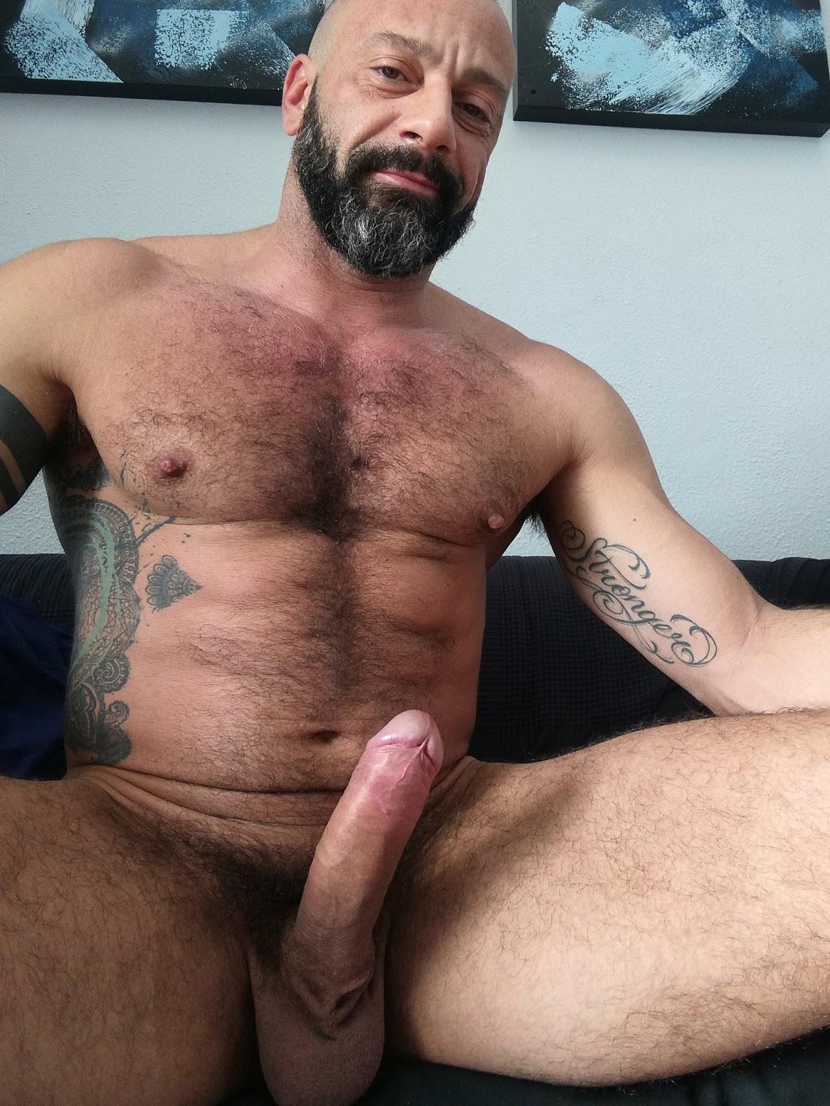 Penis bush