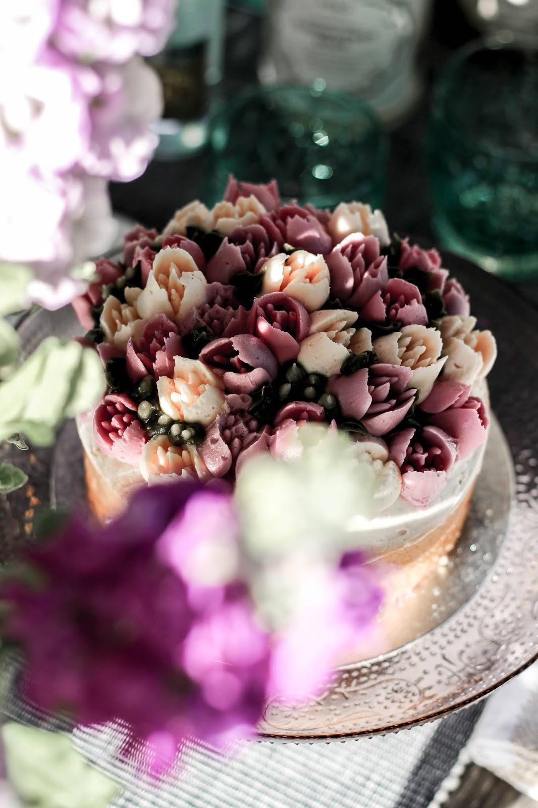 M&S Chelsea Flower Show Festival Cake 2018