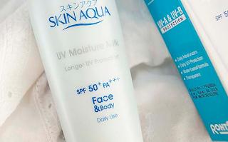 Manfaat Skin Aqua UV Moisture Milk SPF 50 PA++
