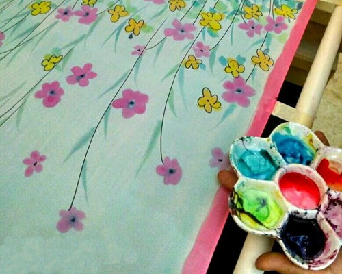 www.Tinuku.com Tjiplies Pudji Lestari founder Nazia Fabric Painting talks about her studio's fashion silk painting