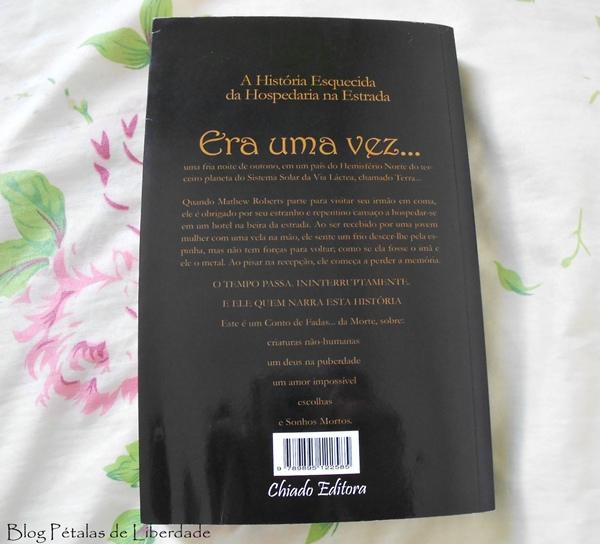 contracapa, Resenha, livro, A-História-Esquecida-da-Hospedaria-na-Estrada, C-A-Saltoris, Chiado-editora, romance, fantasia, fada-da-morte, chronos, sinopse