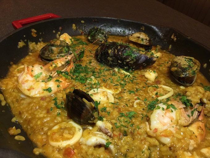 Capricorn-paella-usengecsef