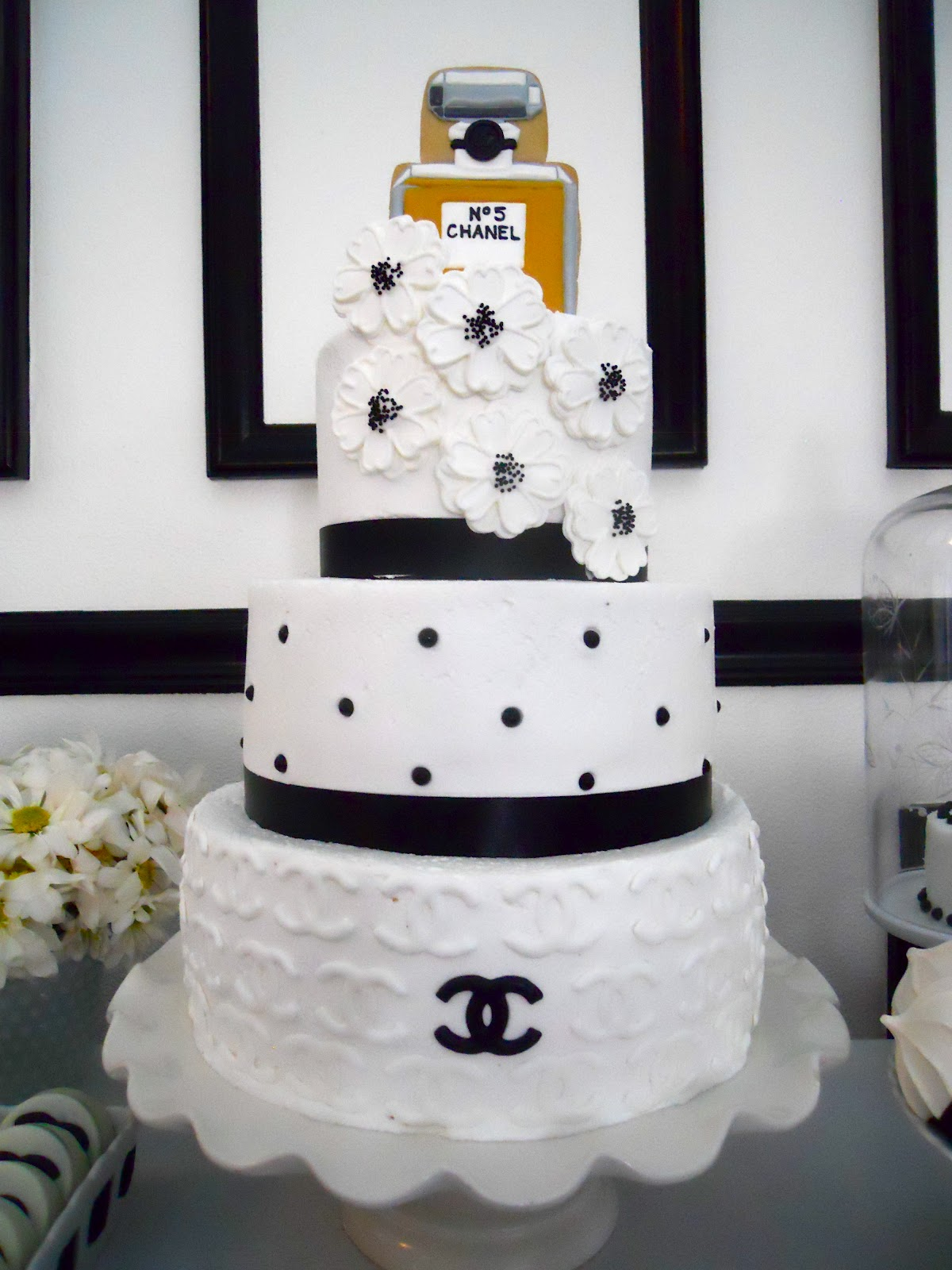 Pin Chanel No 5 Number Five Bottle Perfume Birthday Cake ...