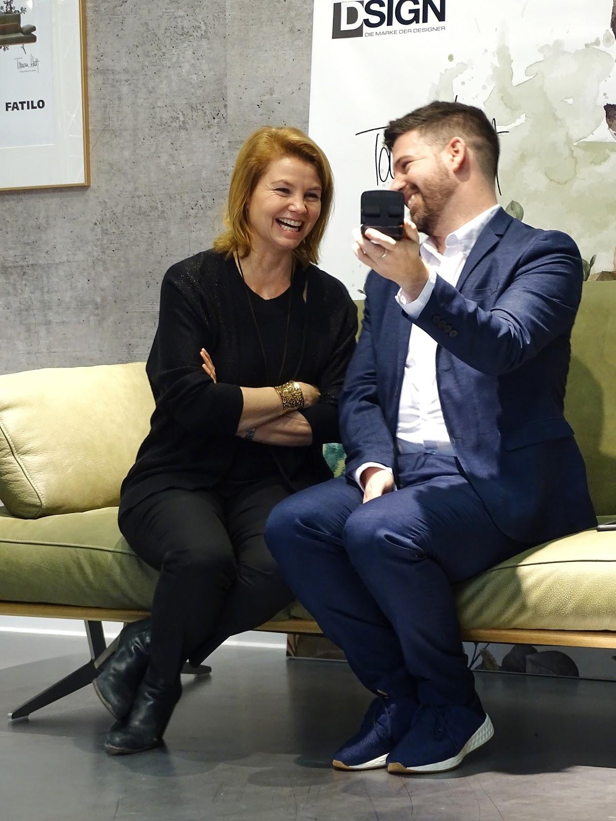 Wieso Ich Mit Annette Frier Zusammen Faxen Auf Dem Sofa Machte Das