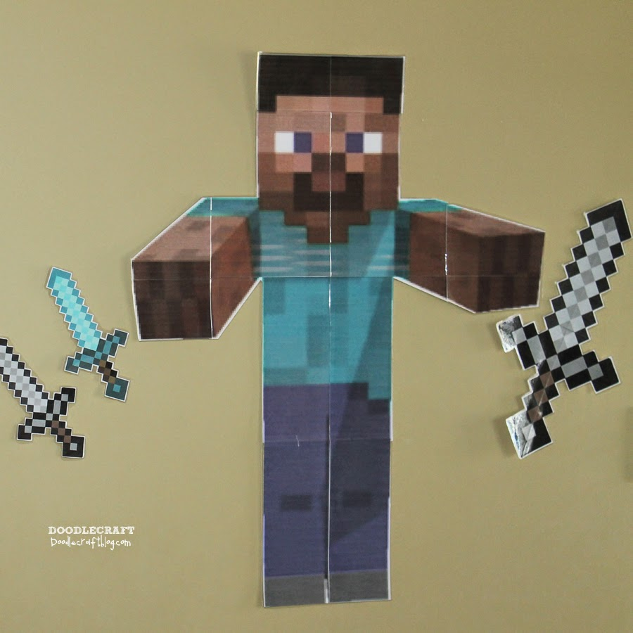 How to make a minecraft diamond sword and diamond pickaxe ...   900x900