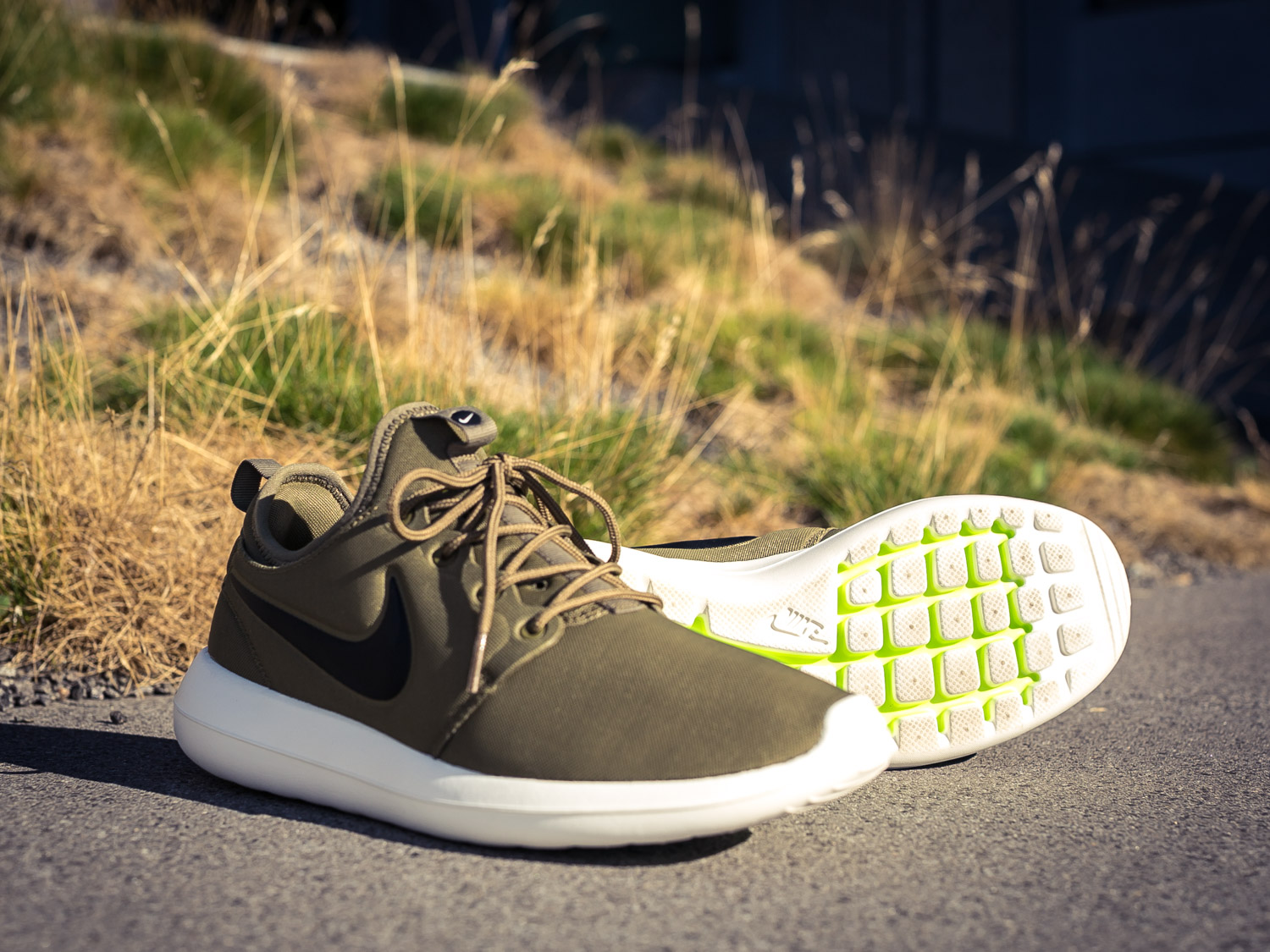 finest selection 9cef5 e7319 Nike W ROSHE TWO FLYKNIT 365 861706 001 Sivasdescalzo