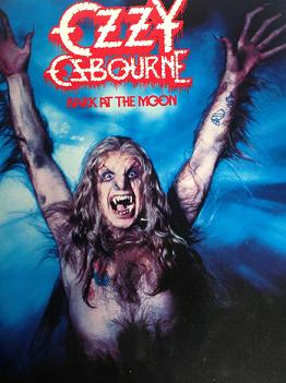 portada del dsico de Ozzy Osbourne Bark at the moon