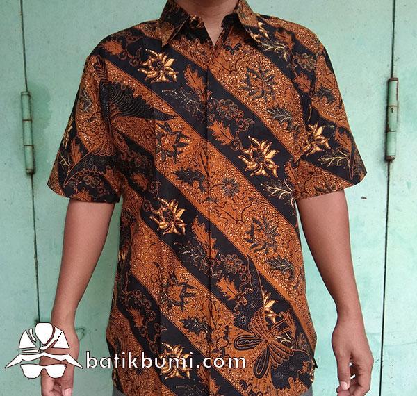 Kemeja Batik Sogan Lereng Seling Kupu