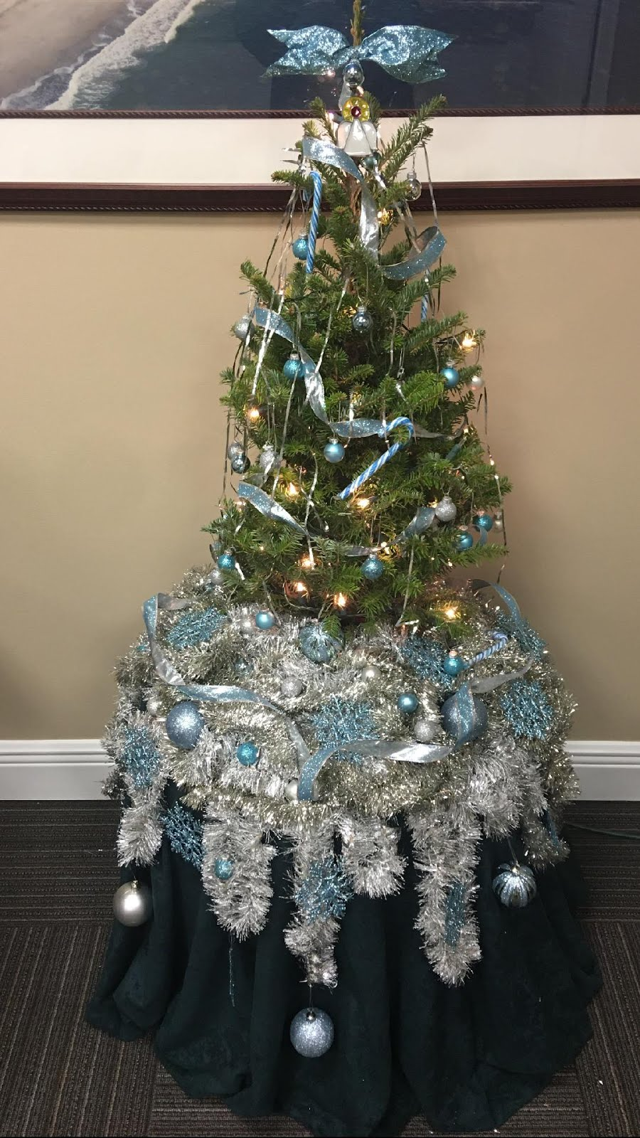 Frozen Tribute Tree