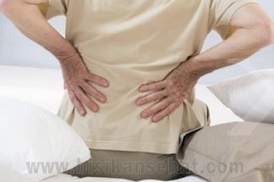 Cara Mengatasi Sakit Tulang Belakang