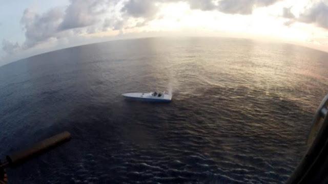 Francotirador hundió de un sólo disparo un bote con cocaína