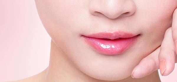 Phun môi màu lên đẹp