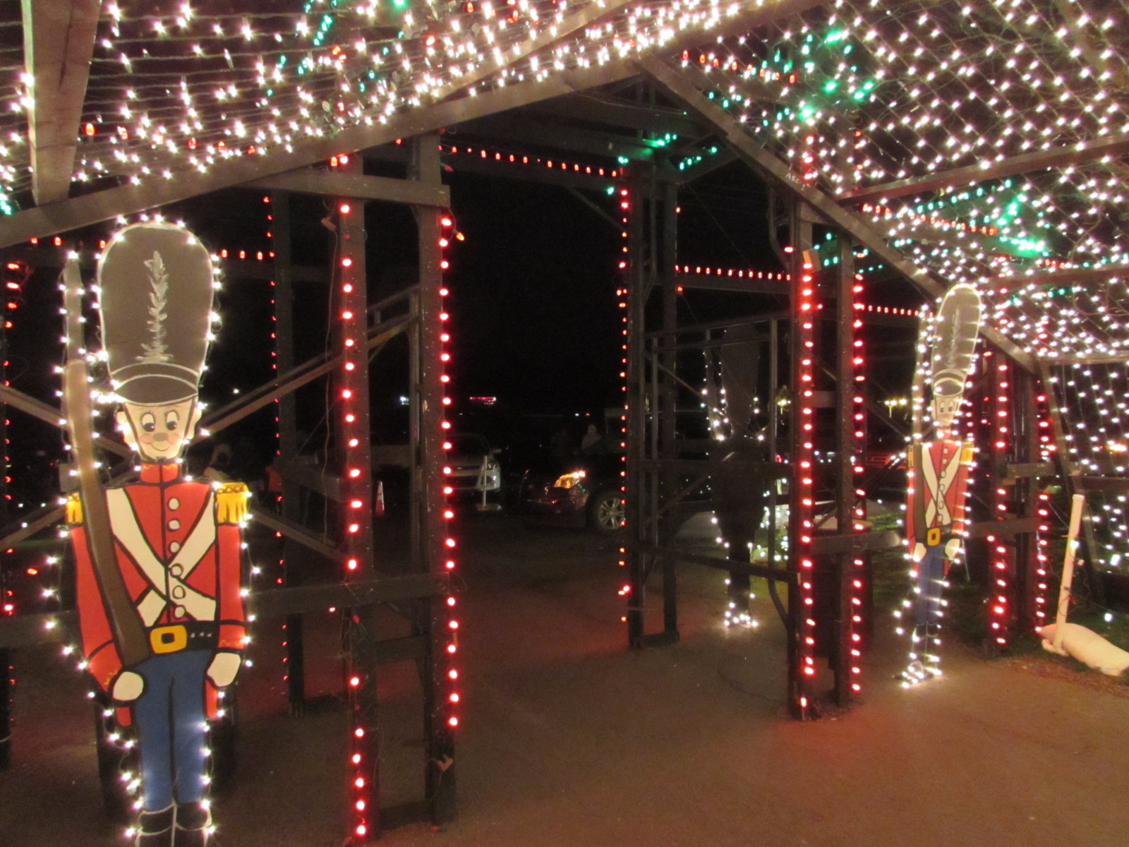 Overlys Christmas Lights.Overlys Country Christmas Alure Spa