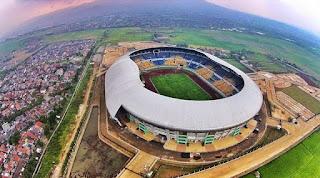 Tersangka Korupsi Stadion GBLA Resmi Ditahan Polisi