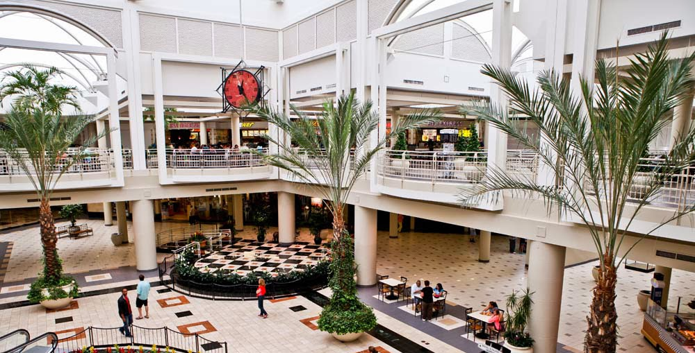 Fashion Square Sherman Oaks Mall