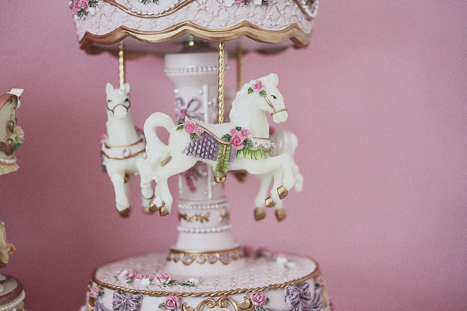 rose mademoiselle - paul and joe carousel beauté