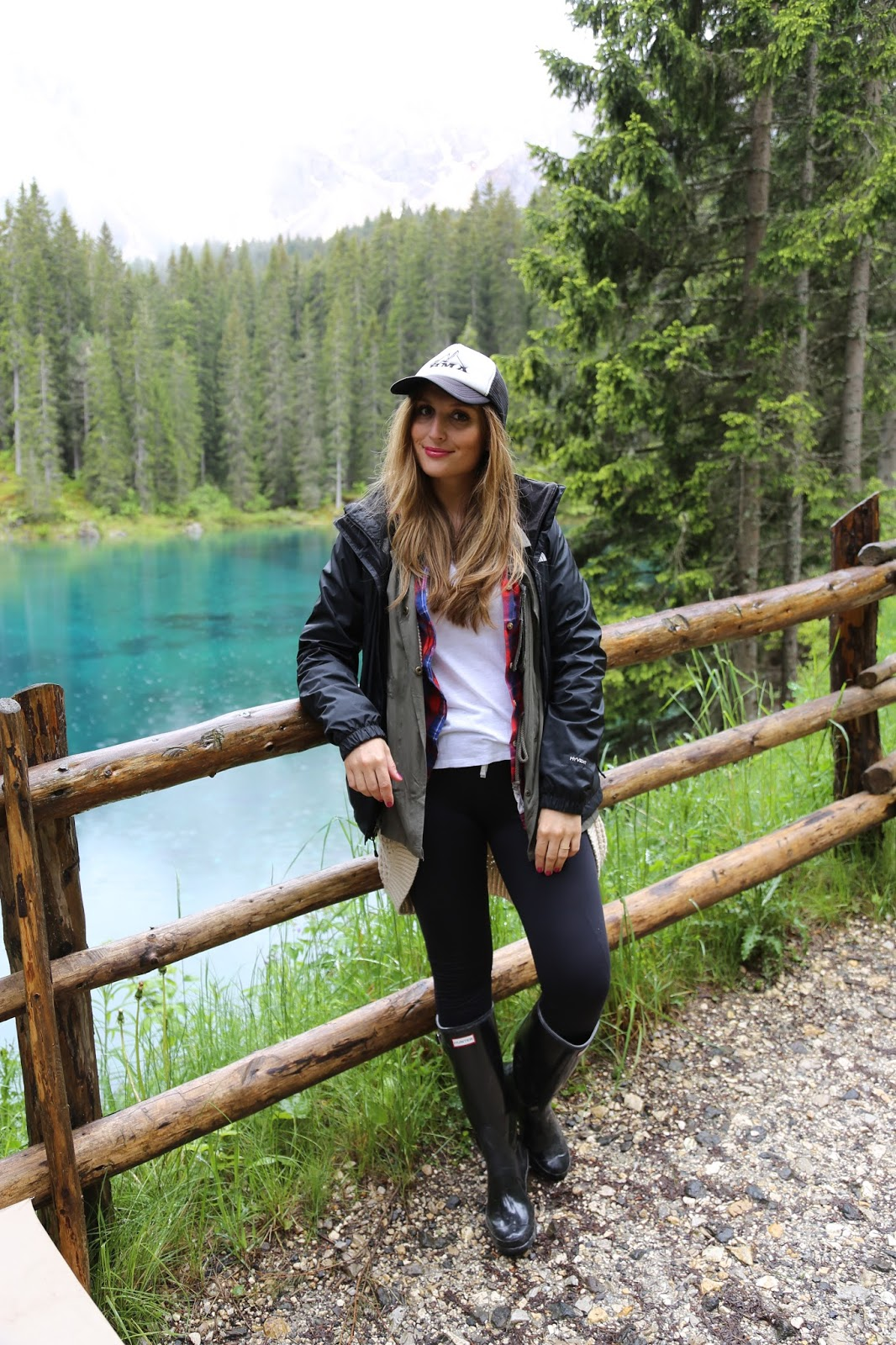 Wanderlook - was zieht man zum wandern an - coole Outdoor Looks - fashionstylebyjohanna Outdoor - Outdoor - Blogger