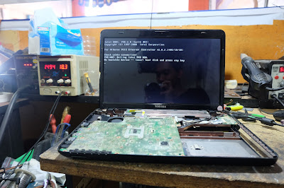 Service Laptop Toshiba L745 mati total