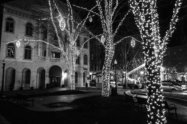 History-of-Christmas-Lights