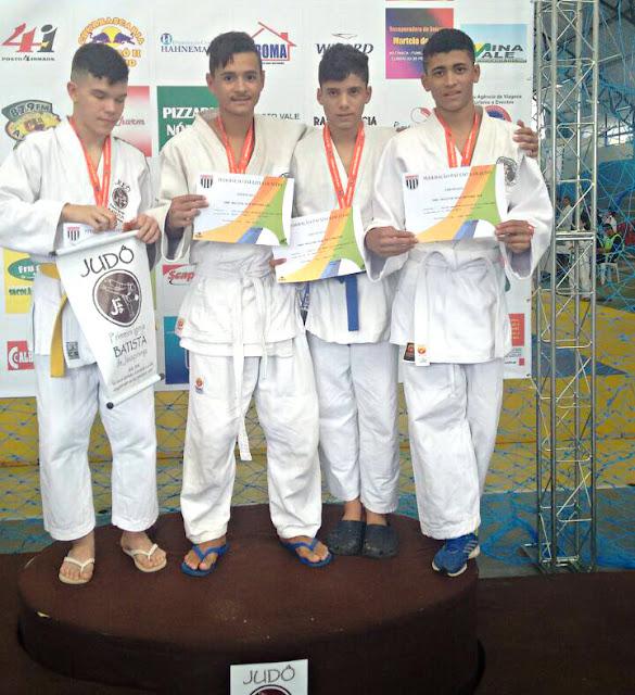 Judocas da Escolinha Mauro Sakai se classificam para a fase inter-regional do Campeonato Paulista