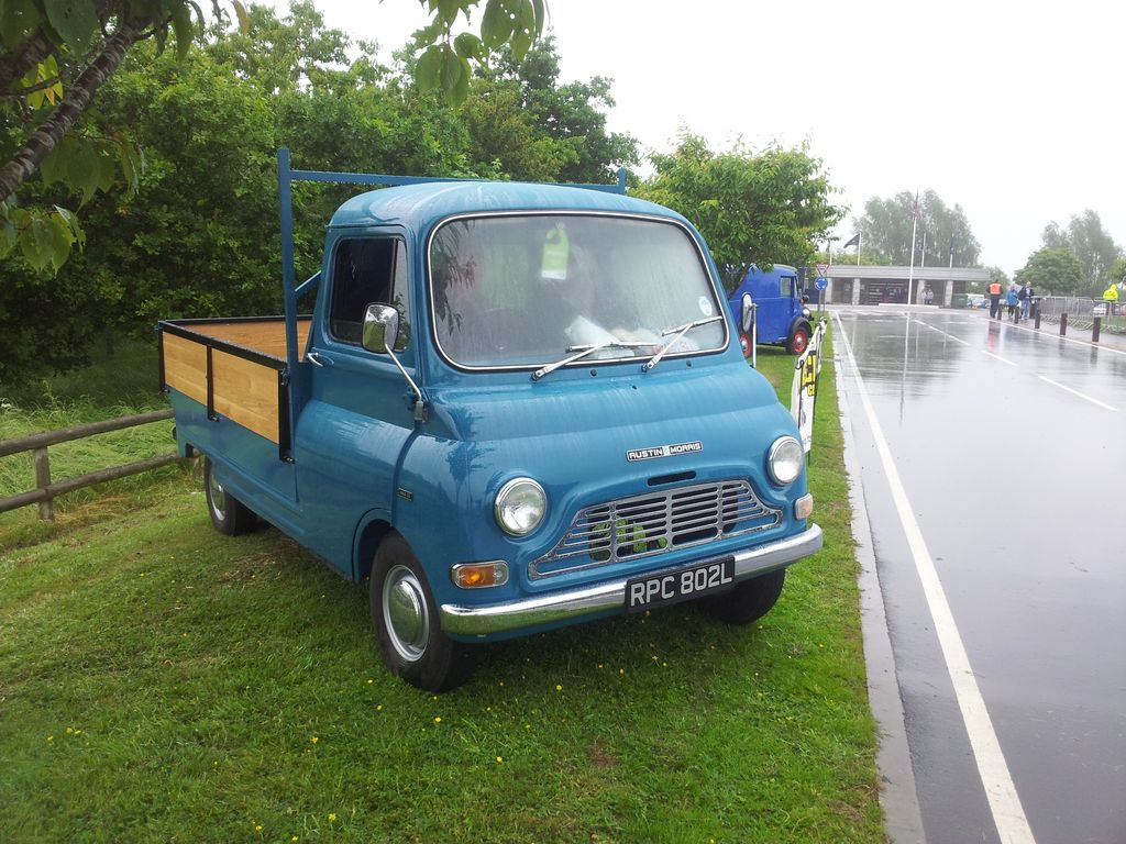 Rusty Old Rubbish: Rainy Gaydon and the Truck Show