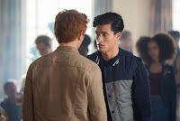Riverdale Season 2 K.J. Apa and Charles Melton image 2 (11)