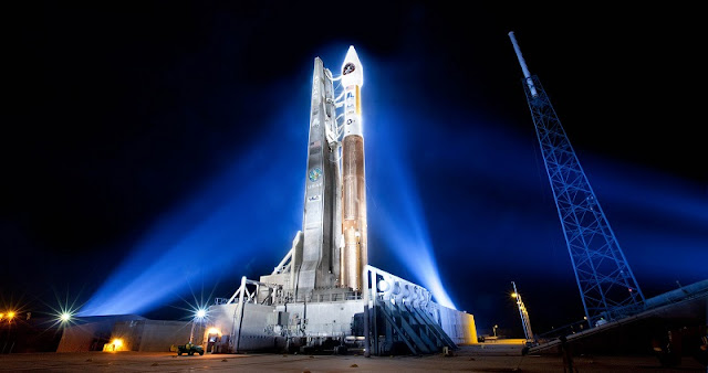 A United Launch Alliance (ULA) Atlas V rocket stands ready to launch the Space Based Infrared Systems Geostationary-1 (SBIRS GEO-1) satellite for U.S. Air Force from Space Launch Complex-41 at Cape Canaveral Air Force Station, Florida. Photo credit: United Launch Alliance