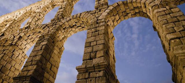 Acueducto, propiedad, y Derecho de la antigua Roma