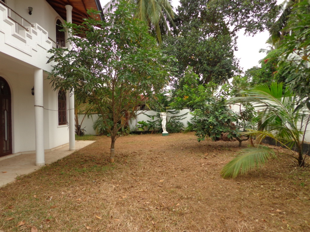 House For Sale Digana: Properties In Sri Lanka: (962) Two Storage House For Sale