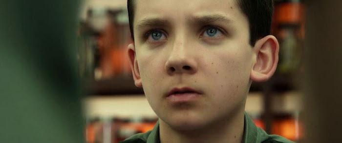 Screen Shot Of Hollywood Movie Ender's Game (2013) In Hindi English Full Movie Free Download And Watch Online at worldfree4u.com
