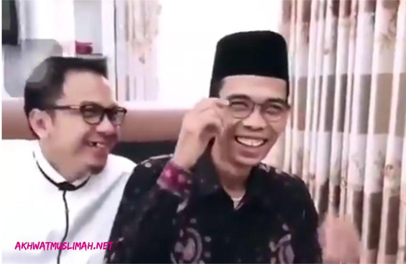 Ceramah di Semarang, UAS Kaget Turun Dari Bandara Disambut Tentara dan Polisi Seperti Wakil Presiden [VIDEO]