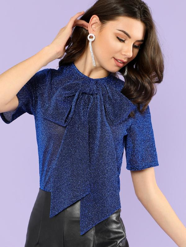 https://www.shein.com/Exaggerate-Bow-Tie-Neck-Glitter-Mesh-Top-p-443327-cat-1733.html?utm_source=blog&utm_medium=blogger&utm_campaign=treschicbypaulina_gl&url_from=treschicbypaulina_gl