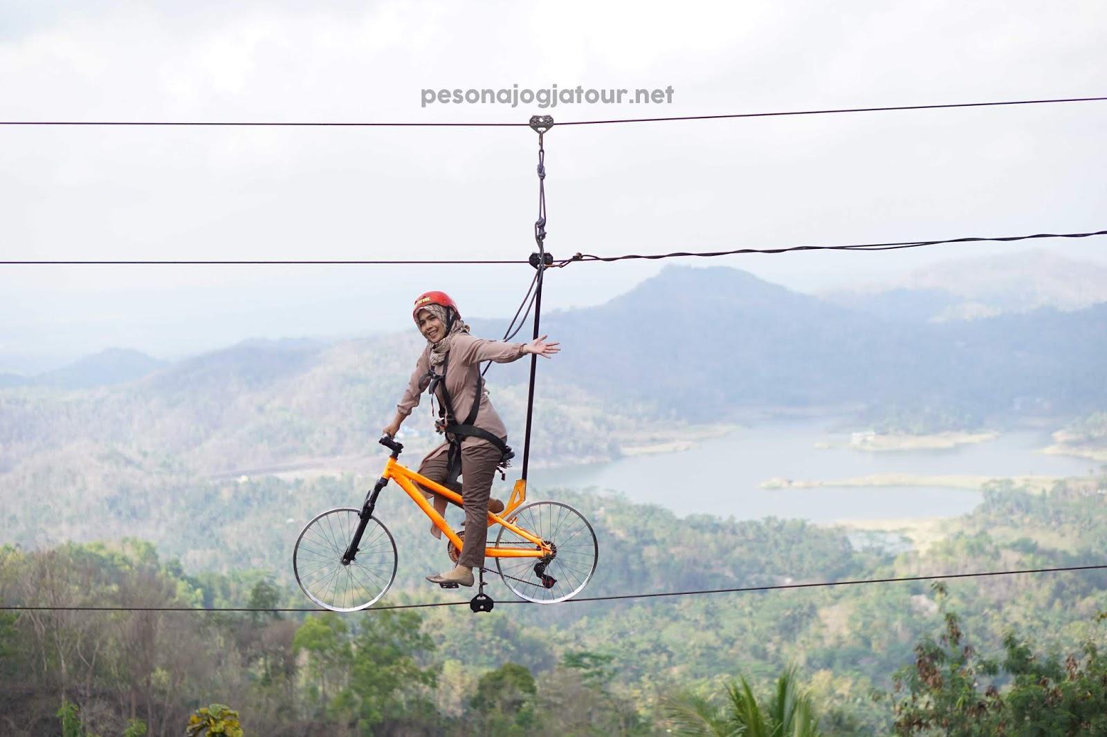 Spot foto sepeda terbang Pulepayung