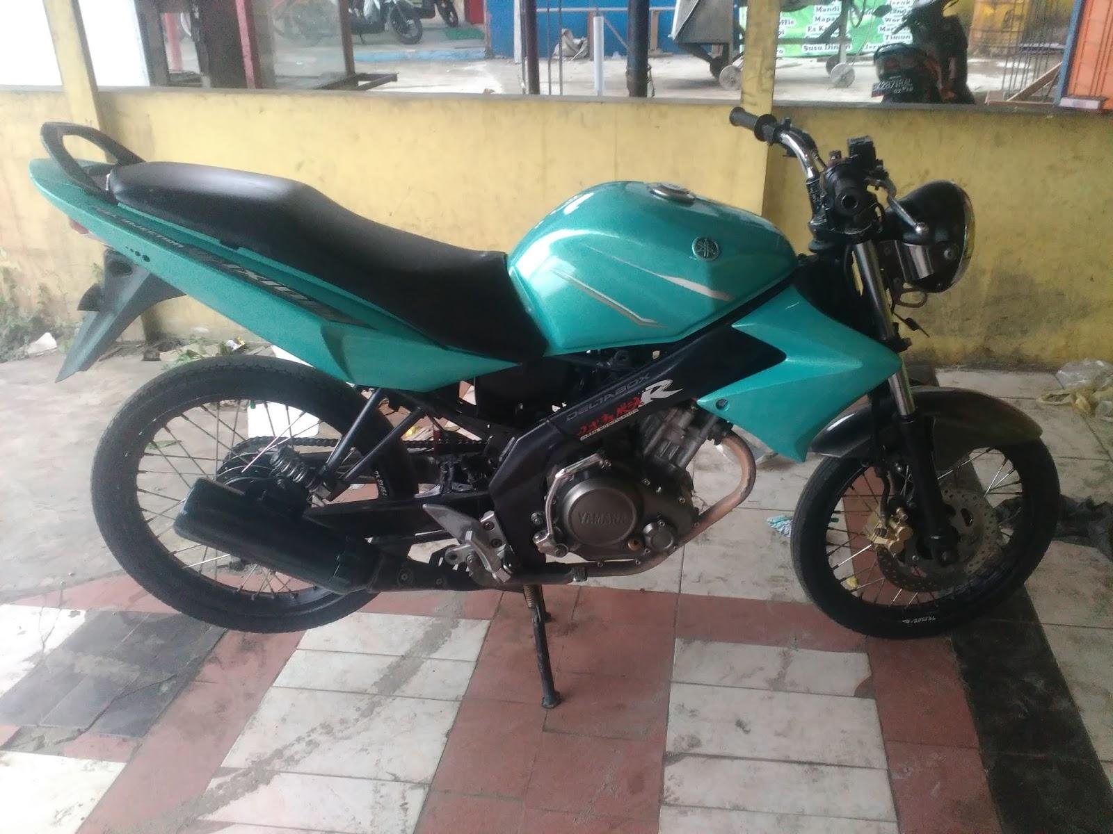 Vixion Hijau Petronas