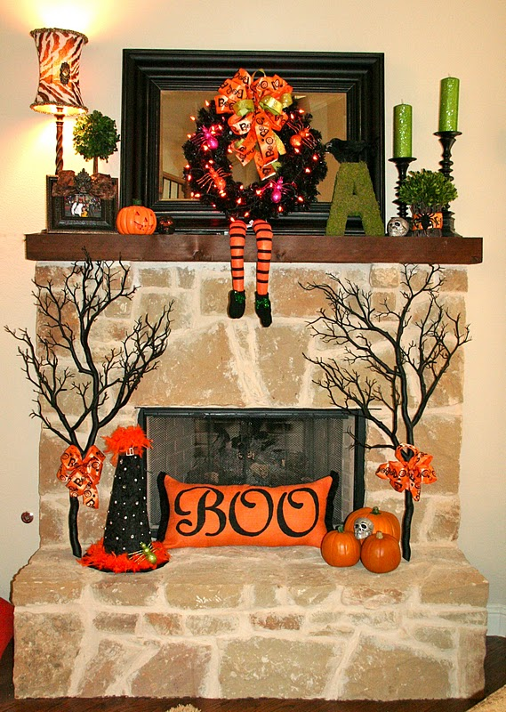 Lookie What I Did Halloween Mantel