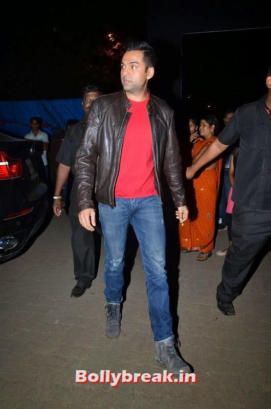 Abhay Deol at Yo Yo Honey Singh's concert, Abhay and Preeti at Yo Yo Honey Singh Concert