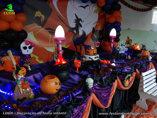 Decoração de aniversário infantil Halloween - Mesa decorada luxo
