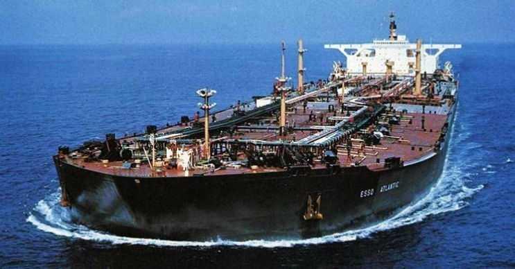 Esso Atlantic en büyük tanker gemilerinden biriydi, fakat günümüzde artık kullanılamıyor.