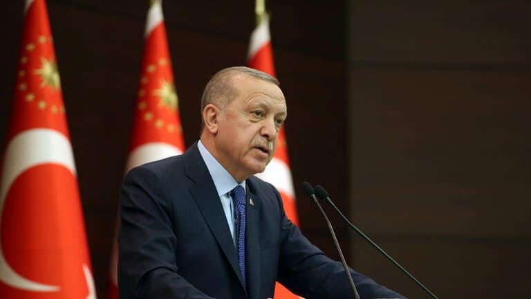 أردوغان-يفرض-عزلا-عاما-خلال-عيد-الفطر