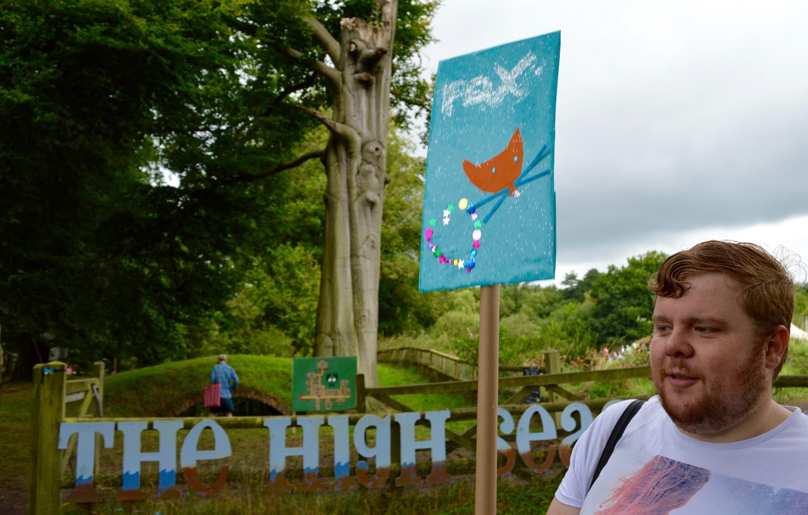 33 Reasons we LOVED the Just So Festival 2016 - make your own placard at the high seas