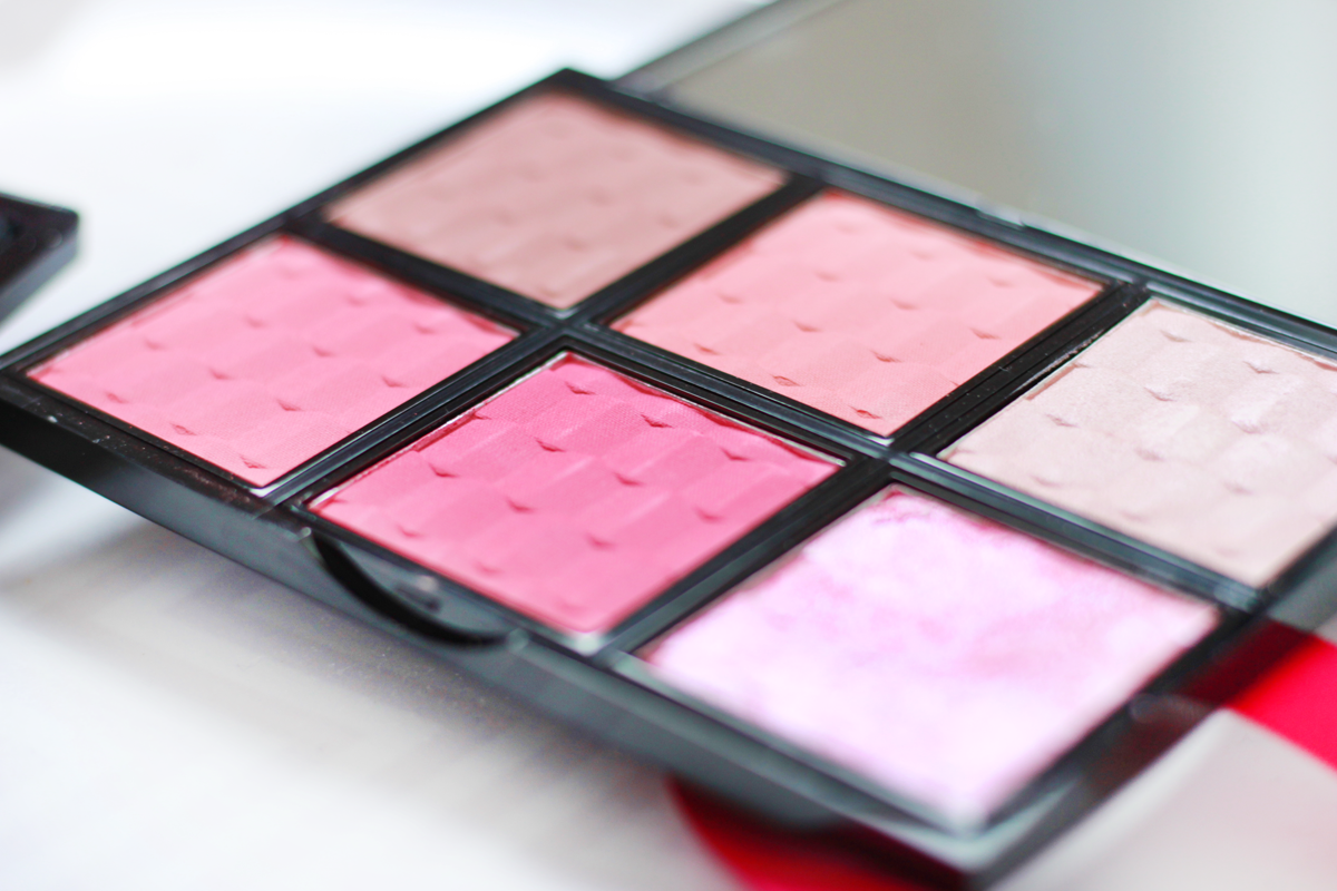 An image of Live Love London Makeup Blush and Light Palette
