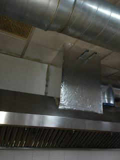 foto chimenea salida desde caja insonorizada