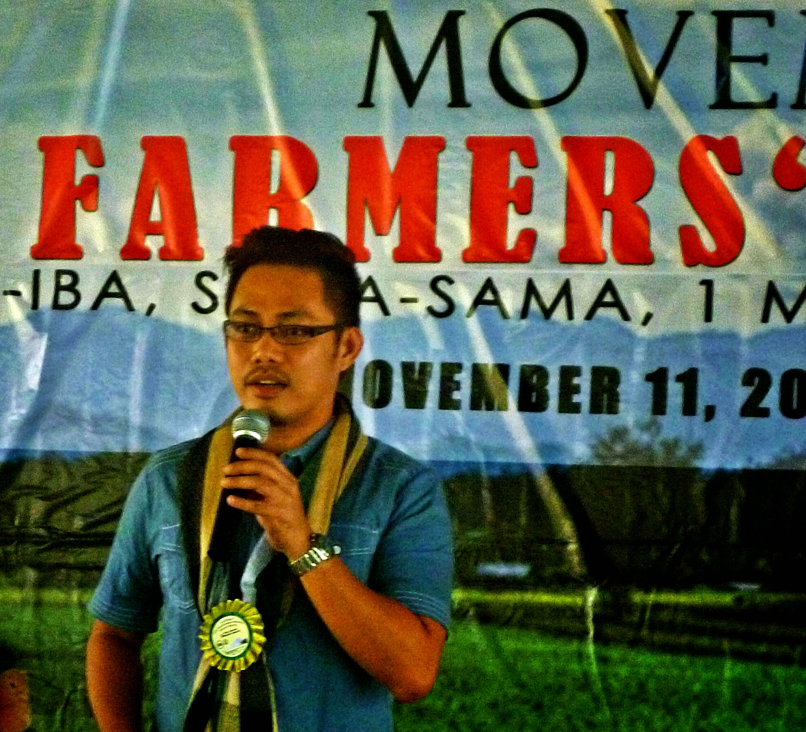 philippine rice farmers socioeconomic status essay Community-based organic agriculture in the philippines organic farmers' cooperatives integrated rice need to take into account the current socioeconomic status.
