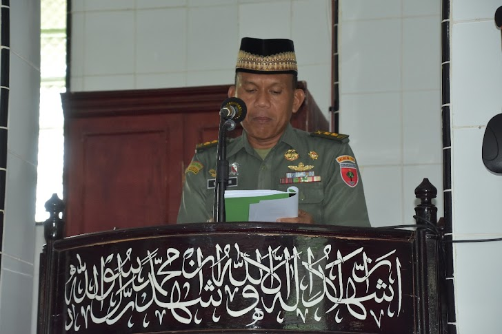 Kasi Renproggar Letkol Inf M Kasim, Bacakan Sambutan Danrem 141/Tp, di Peringatan Israj Mi'raj Nabi Muhammad Saw